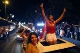 Opozicija slavila uz stihove srpske pevačice: Istanbulom se orilo Jutro je VIDEO