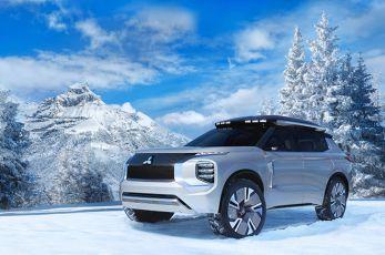 Ostali ste bez goriva? Mitsubishi Engelberg Tourer koncept može da se napuni uz pomoć solarnih panela
