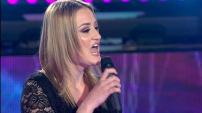 POZNATO LICE U PINKOVIM ZVEZDAMA! Sanja je ranije pevala na velikoj sceni, a sada je briljirala sa Cecinim hitom! (VIDEO)