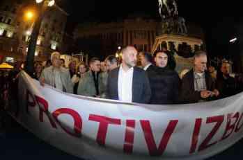 PROTEST PSG NA TRGU Saša Janković sa pristalicama podneo zahteve za fer izbore