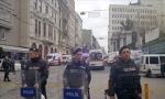 PUCNjAVA U ISTANBULU: Sukob dve bande, ima povređenih (VIDEO)