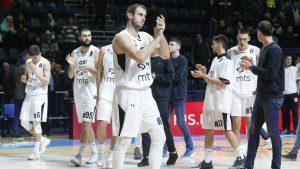 Partizan opet u blokadi