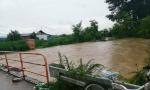Pod vodom više od 600 objekata i evakuisano 312 ljudi, kod Trstenika nestao čovek, potraga u toku!