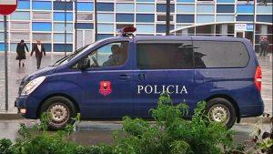 Pogranični policajci Kosova pucali na kombi kragujevačke registracije