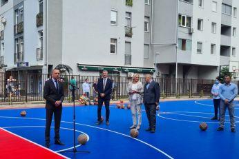 Pokrajinska vlada donirala sredstva za nove sportske terene u Republici Srpskoj