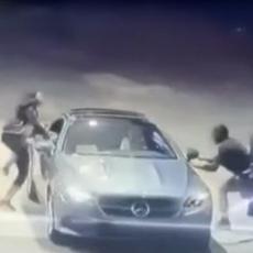 Pokušao je da ukrade mercedesa na pumpi - ovako HRABRU I HITRU reakciju vlasnice NIJE očekivao (VIDEO)