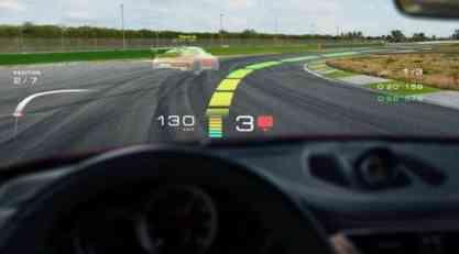 Porsche želi da nas vetrobransko staklo uči vožnji