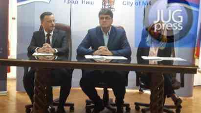 Potpisan sporazum sa Bankom Intesom o pomoći malim i srednjim preduzećima