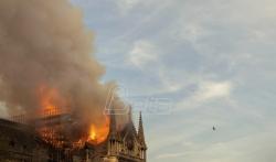 Požar u katedrali Notr Dam najverovatnije izazvao kratak spoj