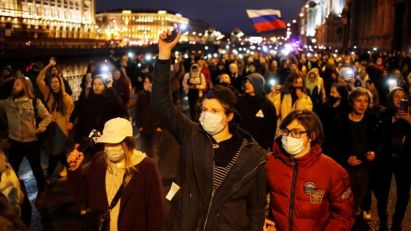 Prema izveštajima gotovo 1.500 uhapšenih na skupovima za Navalnog u Rusiji
