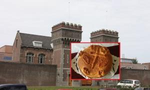 Proslavljen Božić i u zatvoru u Ševeningenu - evo ko je izvukao paru iz česnice!