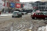 Prvi sneg i problemi: Kasne vozovi, ulice pune vode FOTO