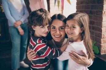 Psiholozi tvrde – tetke su tanka spona između dece i roditelja