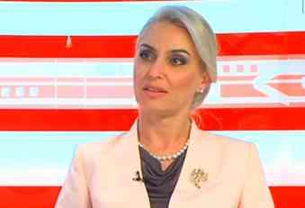 SKANDAL U SARAJEVU: Zapaljen auto Radončićeve kandidatkinje za Parlament BiH! SBB: To je POLITIČKO ZASTRAŠIVANJE!