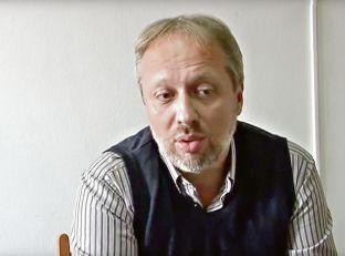 SKANDAL ZA SKANDALOM U ARANĐELOVCU: Direktor uzeo 700 evra da zaposli profesorku?!