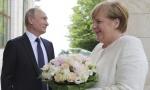 SUSRET DVA LIDERA: Merkel i Putin u subotu u Nemačkoj