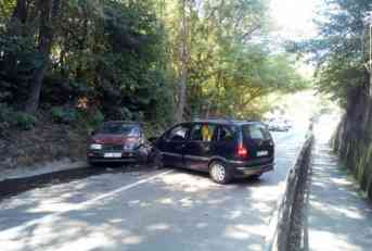 Sandžaklija teško povrijeđen u sudaru dva automobila