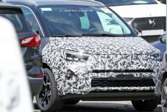 Snimljen 2021 Opel Crossland X