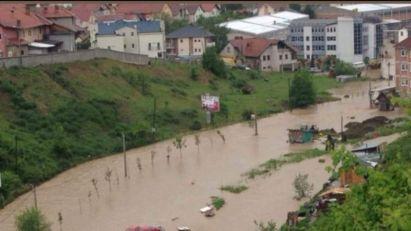 Srbija: Voda se povlači sa poplavljenih područja