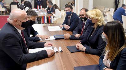 Srbija i Republika Srpska zajednički da obeležavaju nacionalne praznike