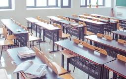 Srednjoj školi u Tutinu i saobraćajnoj školi u Trsteniku zabranjen rad