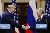 Stao pred Putina i okrivio SAD za rusku agresiju