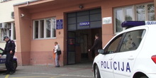 Stara Pazova: Napao sina, a onda i policajca