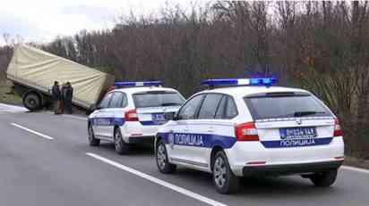 Sudar kamiona i automobila kod Kraljeva, jedna osoba poginula