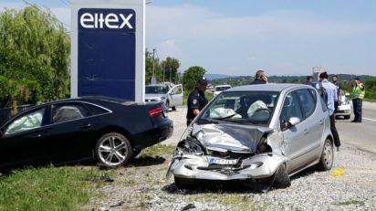 Sudar tri automobila kod Kruševca, više povređenih