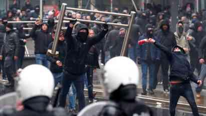 Sukob policije i desničara u Briselu