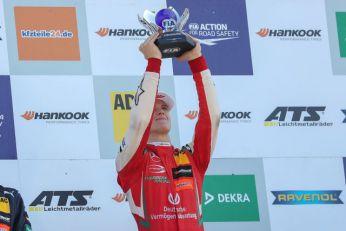 Šumaher mlađi debituje u F1!