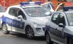 TEŠKA NESREĆA KOD MLADENOVCA: Vatrogasci sekli auto da izvuku ženu!