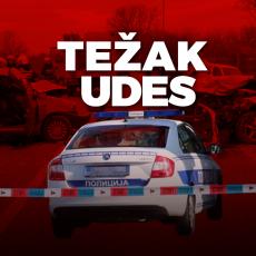 TEŠKA SAOBRAĆAJNA NESREĆA KOD TOPOLE: Muškarac prešao vozilom u suprotnu traku, na mestu ostao mrtav