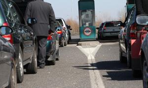 Teretnjaci na Horgošu čekaju četiri, na Batrovcima dva sata