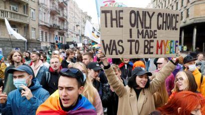 Tisuće u Kijevu u Šetnji za jednakost LGBT+ osoba