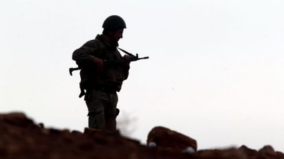 Turska vojska gađala demonstrante u Kobaniju