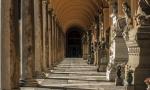U Italiji uhapšen kamenorezac zbog skrivanja droge na groblju