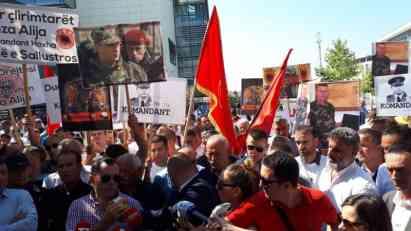 U Prištini protest za oslobađane bivšeg komandanata OVK