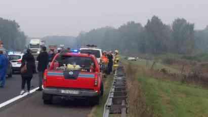 UŽASNA NESREĆA KOD IVANIĆ GRADA: Pretrčavao auto-put i udarila ga 2 automobila!