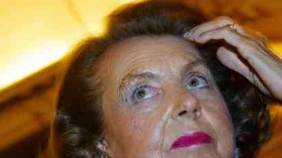 Umrla Lilijan Betankur, najbogatija žena na svetu
