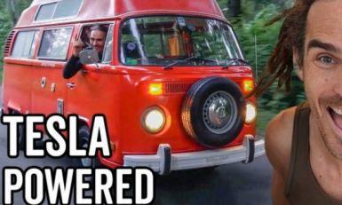 Uz pomoć delova kompanije Tesla jutjuber restaurirao klasični VW Bus