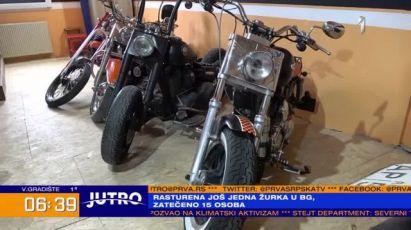 Užičanin restaurira Harlije: Automobili su prolazni, na motocikle se lako navučeš VIDEO