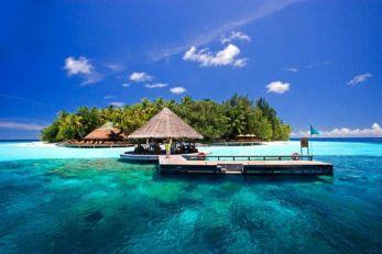 VEČITI NA MALDIVIMA, BALIJU, ARUBI: Fudbaleri Zvezde i Partizana uživaju na odmoru sa svojim lepšim polovinama (FOTO)