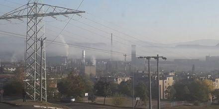 Vazduh u Boru i danas JAKO ZAGAĐEN, fotografije grada pod dimom preplavile društvene mreže