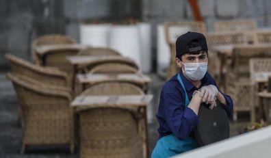 Viruslog: Delta soj mogao bi da upropasti leto