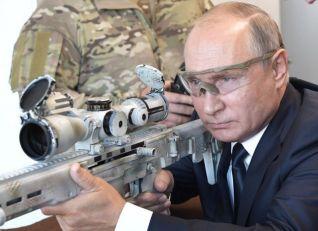 Putin: Više ne proizvodimo šerpe, vreme je da smanjimo rashode za odbranu Rusije