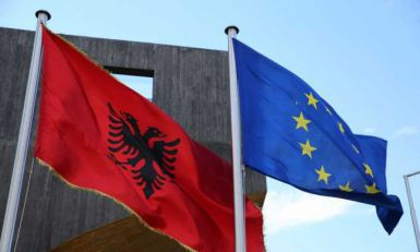 Vlada Holandije: Uvođenje viza Albaniji neće podržati EU