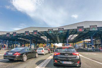 ZA HRVATE JE SRBIJA OPET ELDORADO: Komšije pohrlile preko granice i oplevile srpske trgovine! Evo šta je najtraženije!