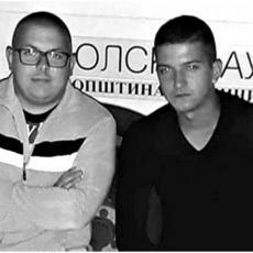 ZAJEDNO SU OTIŠLI I U SMRT: Tragični detalji iz života mladića stradalih kod Tivta, Petra MAJKA OSTAVILA KAO BEBU