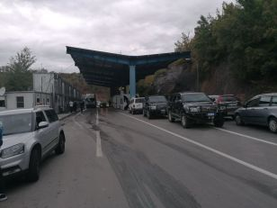 Priština zabranjuje ulazak robe iz Srbije bez dokumenta sa naznakom Republika Kosovo; Dačić: Odluka neprihvatljiva